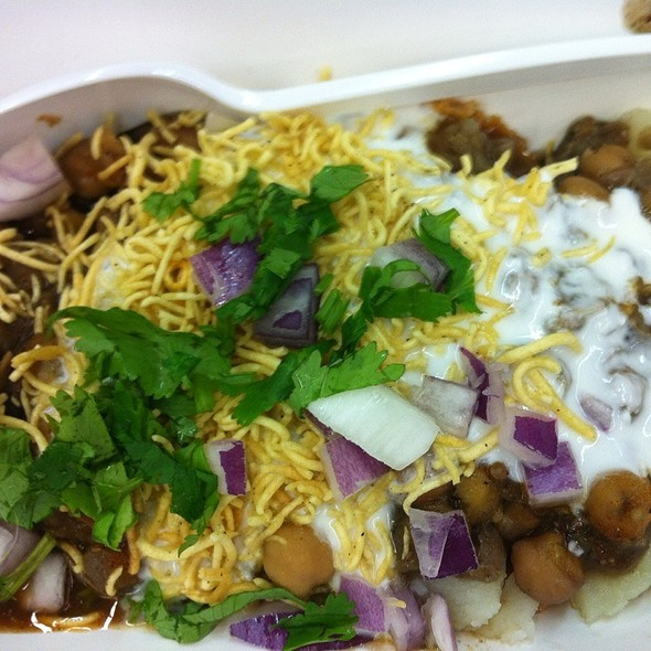 Mixed Chaat @ Chaatpatta in New India Bazar
