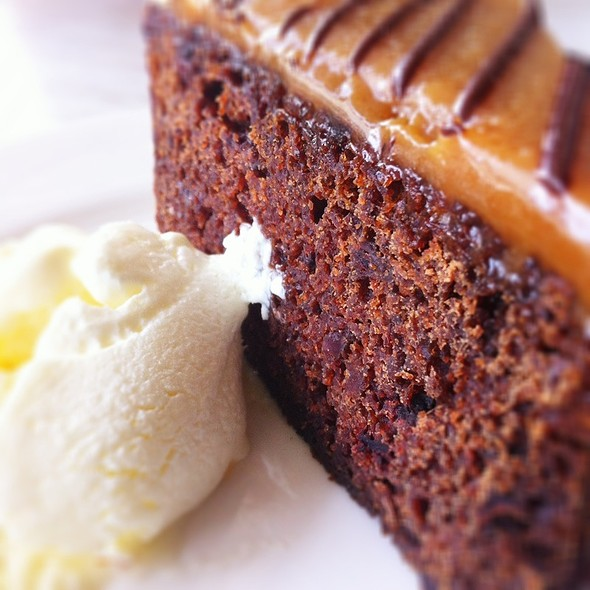 Sticky Dates Pudding With Ice-Cream @ Dome Cafe Ikano Power Ctr