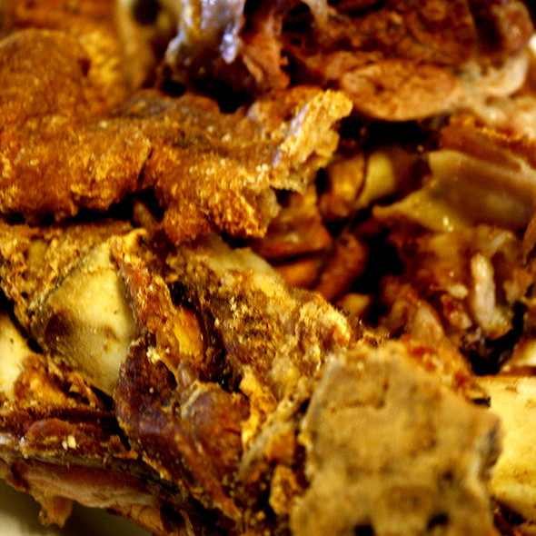 Crispy Pata @ Leslie's Restaurant, Tagaytay