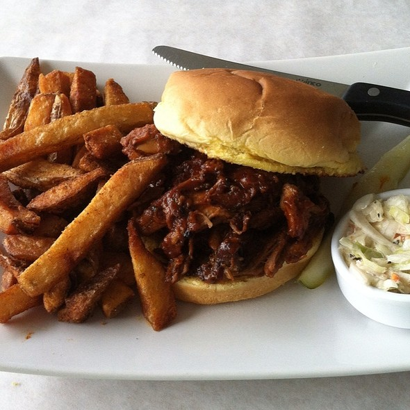BBQ Pulled Pork Sandwich