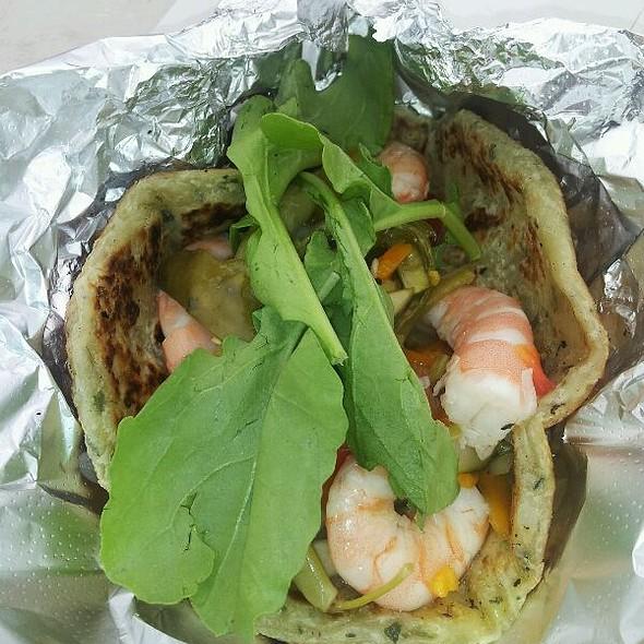 Big Shrimpin' @ Roti Rolls Food Truck
