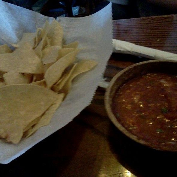Chips & Salsa @ Compadres