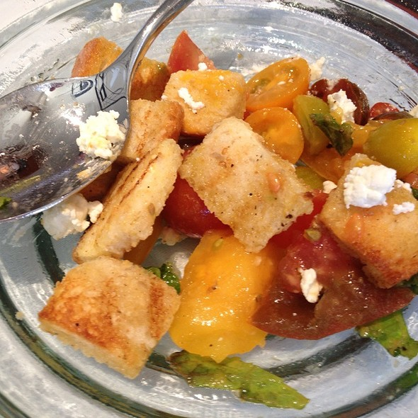 Heirloom tomato & bread salad @ Sustenio