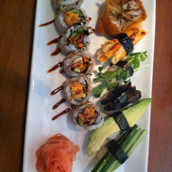 assorted vegetarian sushi @ Kome Sushi And Sake House