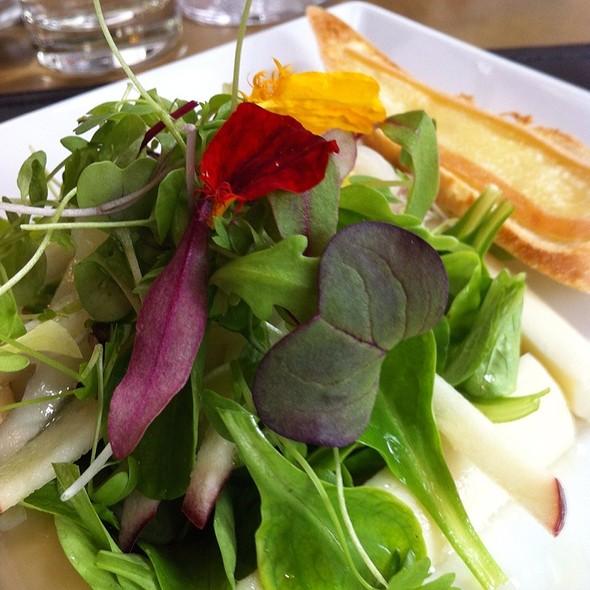 Mixed Salad On Palm Heart Frame  - Gazette Restaurant Montreal, Montréal, QC