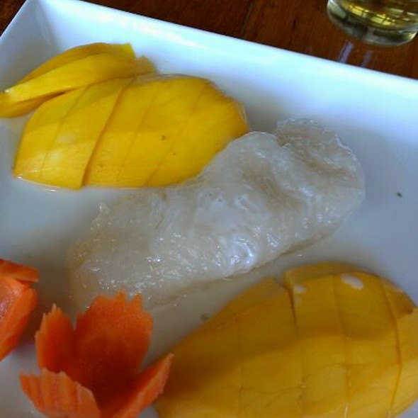 Fresh Mango with Sticky Rice @ Thai Ginger