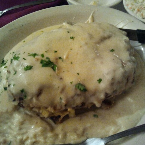 chicken stuffed crabmeat @ Ramano's