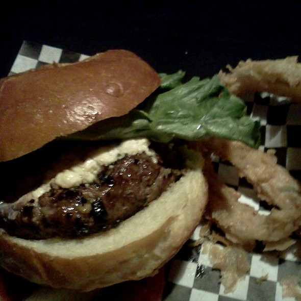 Singing The Blues Burger @ James Street Gastropub & Speakeasy