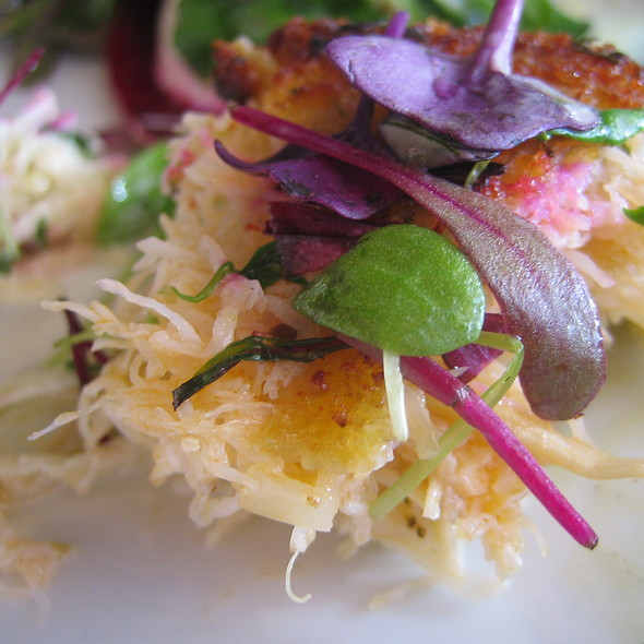 Dungeness crab cake, celeriac rémoulade, micro greens @ Tramonto at River Rock Casino Resort