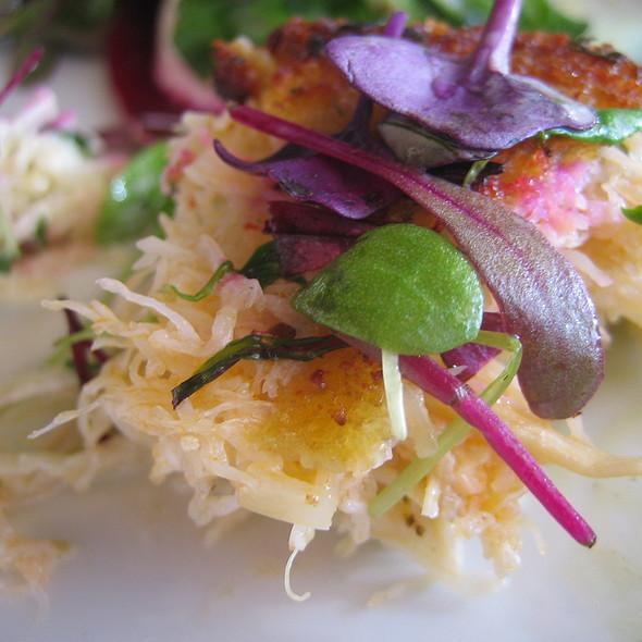 Dungeness crab cake, celeriac rémoulade, micro greens @ Tramonto at River Rock Casino Resort
