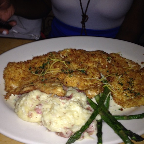 fried chicken @ Cheesecake Factory