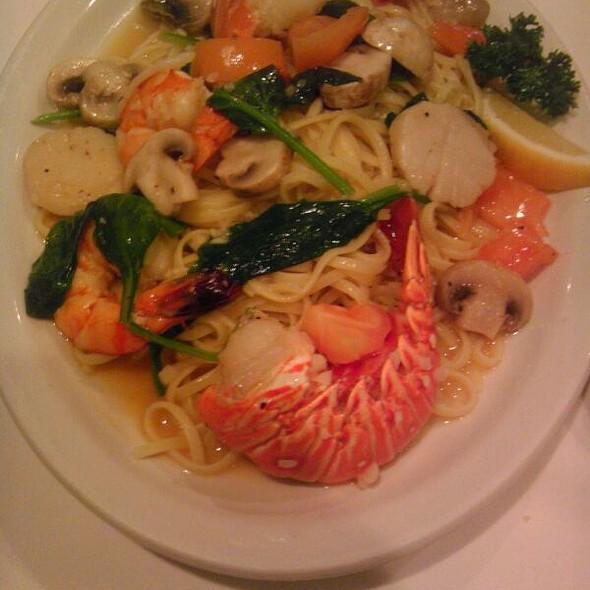 Seafood Al Dori