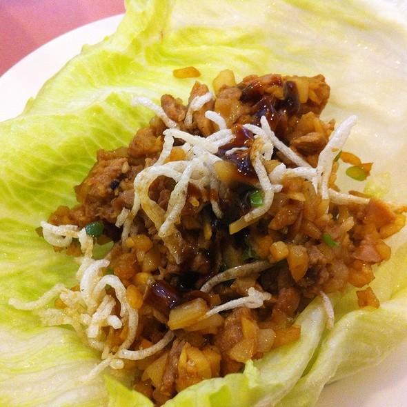Peking Duck Lettuce Wrap @ Full House Chinese Restaurant