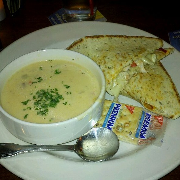 Chicken And Brie Sandwich With Corn Chowder @ Elephant & Castle.