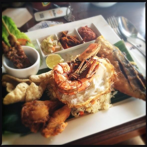 Nasi Goreng @ Bubu Resort