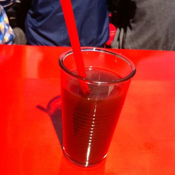 Strawberry Tamarind Lemonade @ Dolores Gourmet Burritos Amerikanisch