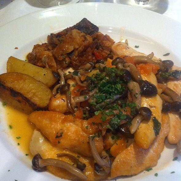 Chicken Special @ Sette Mezzo