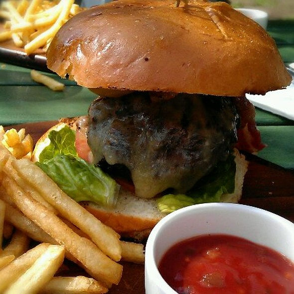 Bacon and Cheese Burger @ Dulwich Woodhouse
