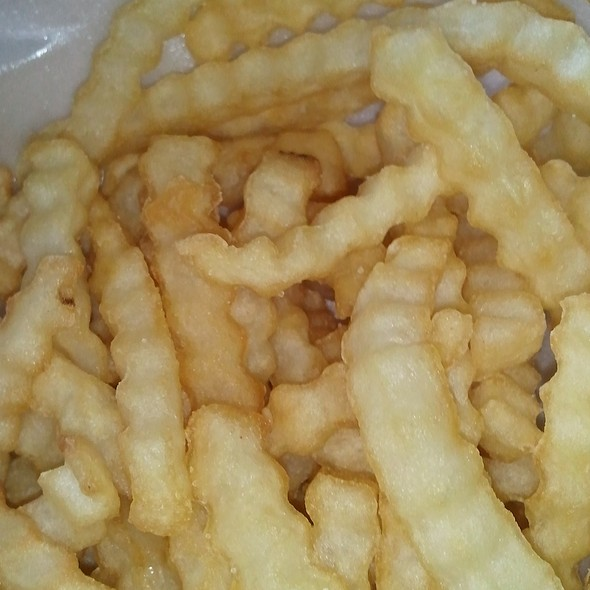 Crinkle Cut Fries @ Raising Cane's Chicken Fingers