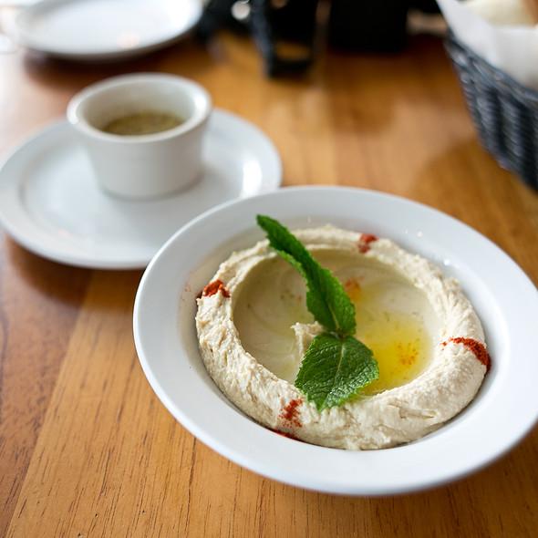 Hummus @ Sitti