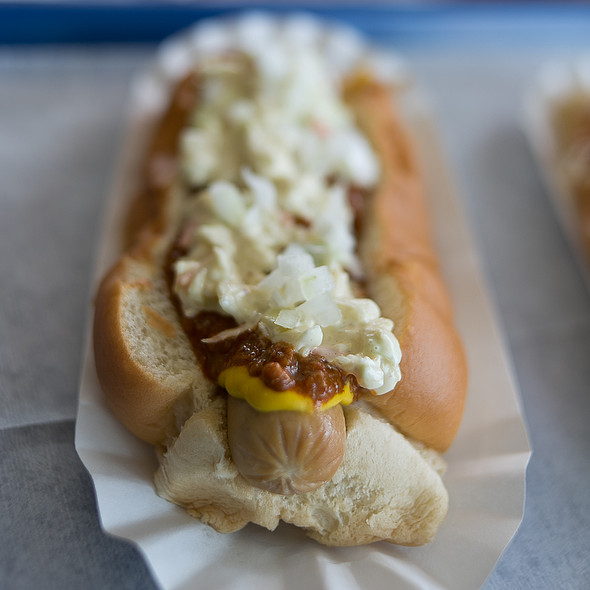 All-The-Way-Dog @ Island Hots
