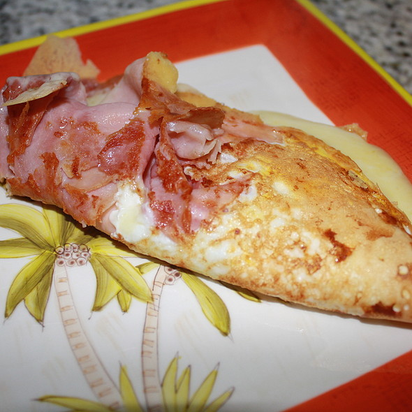 Ham And Cheese Omelette @ Sweet Home Floripa