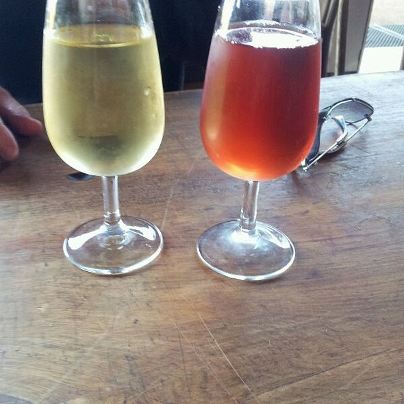 Pinot Gris And Rose @ Saratoga Estate Winery