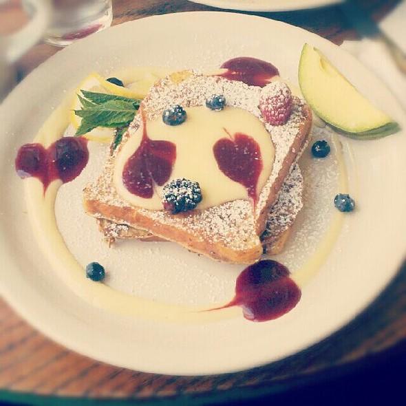 Lemon And Raspberry French Toast @ M Henrietta