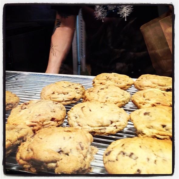 chocolate chip cookie @ Culture Espresso