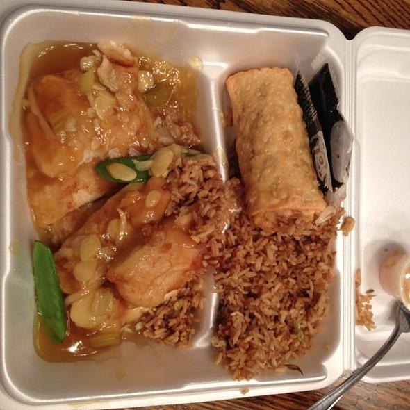 Almond Chicken @ Golden Jade Express