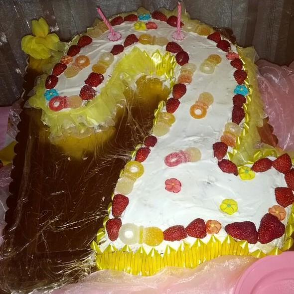 Birthday cake @ Bisignano