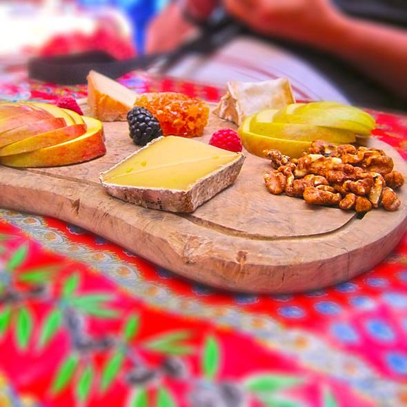 plateau de fromages @ Casanova Restaurant