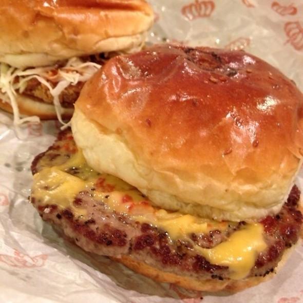 チーズバーガー @ ワンダフルハンバーガー 片町店