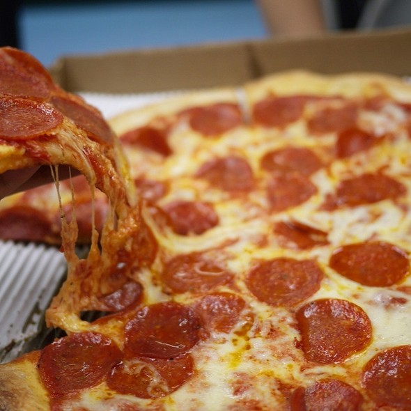 Thin Crust Pizza @ A Slice of New York