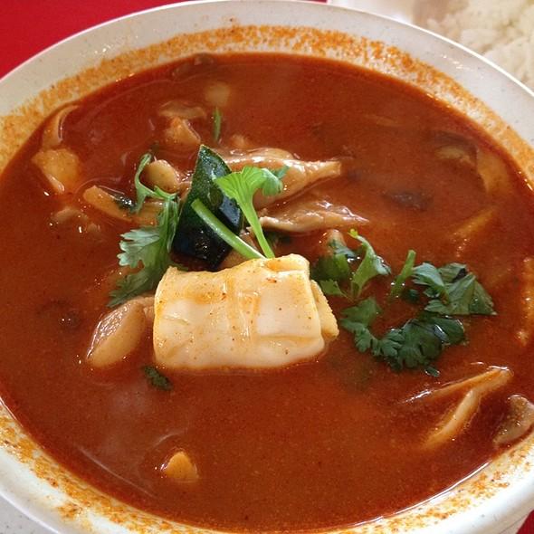 Seafood Tom Yam @ Restoran A Wet Thai Cafe