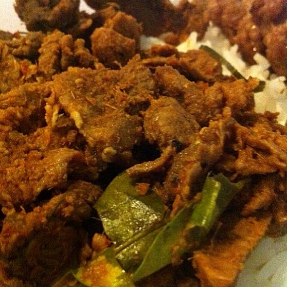 Khao Khua Kling Mu (Pork with Yellow Curry Paste on Rice) @ Neko's Sweet Home