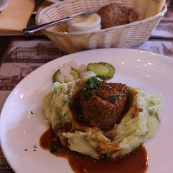 Meatball With Cabbage Stamppot