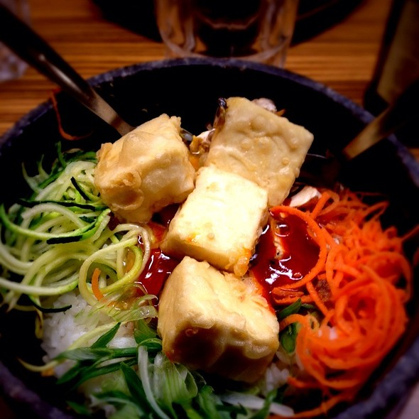 Bibimbap With Tofu @ Japanese Canteen