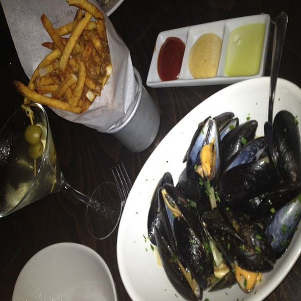 Mussels Muniere @ Marvin