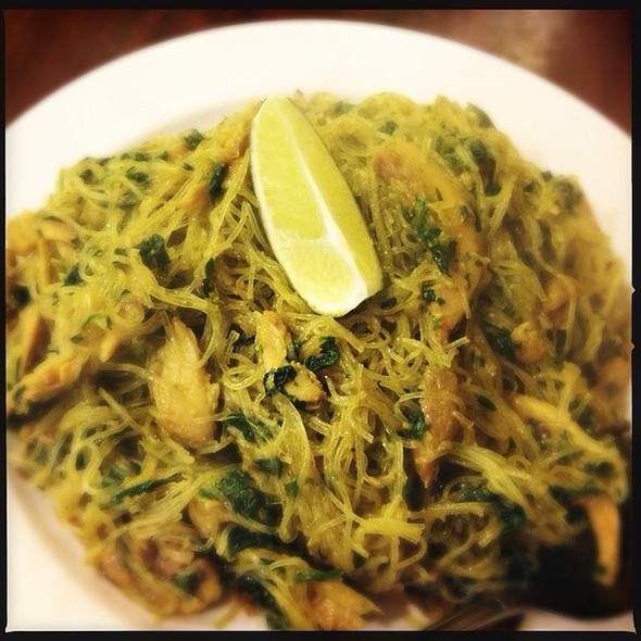 Curry Chicken Noodles @ Lime Tree - Southeast Asian Kitchen
