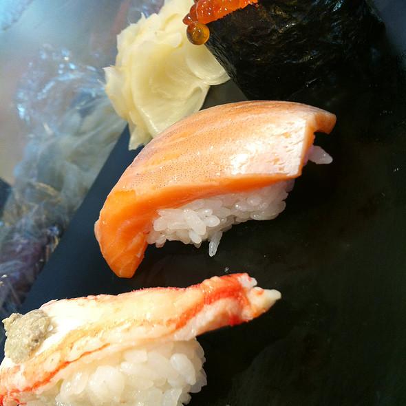 Assorted Nigiri Sushi / 握り寿司 @ すしざんまい本店