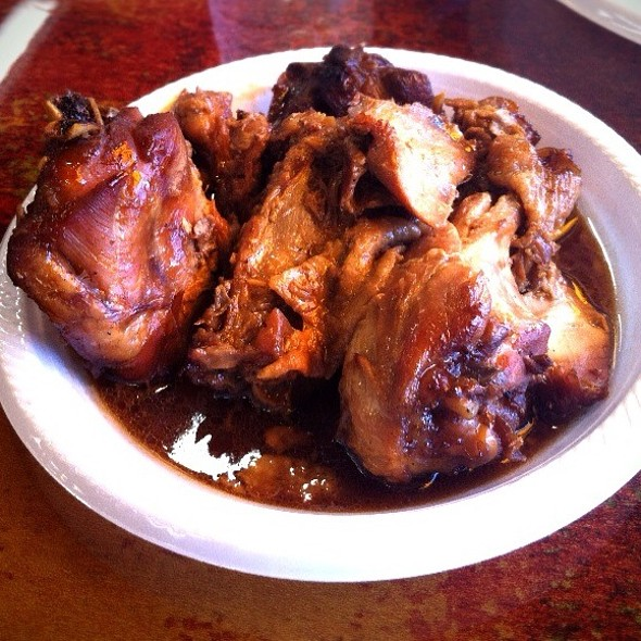 Chicken Adobo @ Palayok Filipino Cuisine