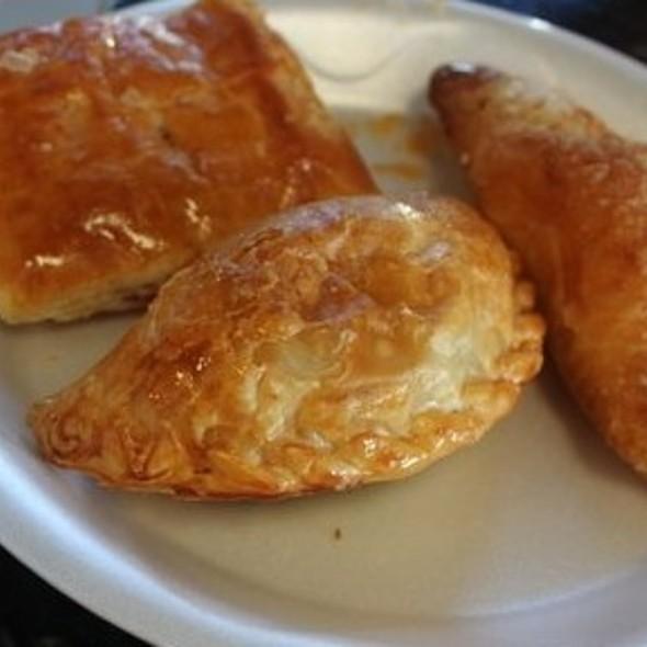 Pateles de Guayaba, Carne y Queso @ Versailles Restaurant