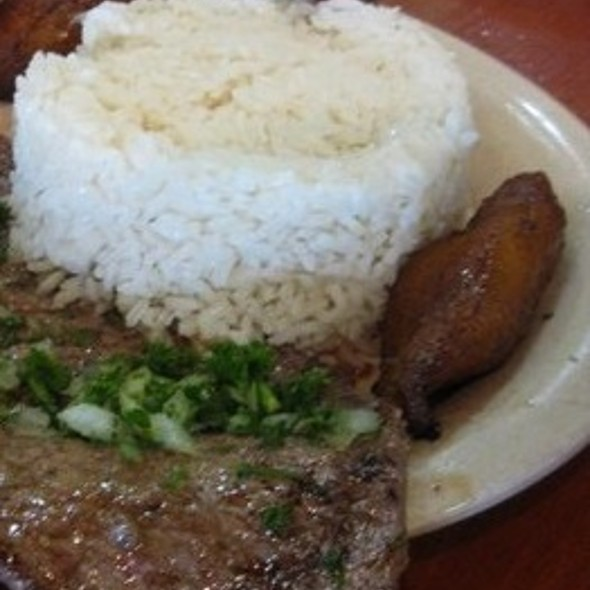 Bistec de Palomilla (Steak) @ Latin American Bayside Cafe