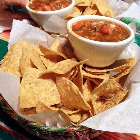 Chips and Salsa @ Zapata Vive Restaurant & Cantina