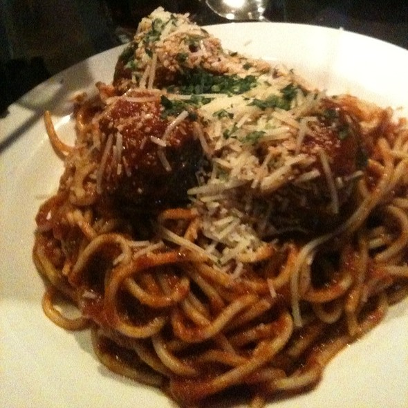 Spaghetti and Meatballs @ Besso's