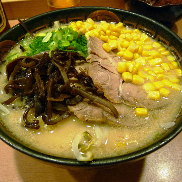 Tonkotsu Ramen @ Santa Ramen