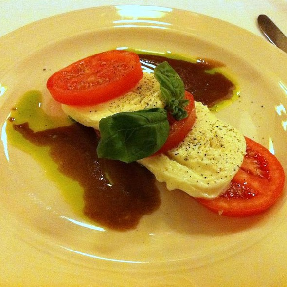 Caprese Salad - Sardi's, New York, NY