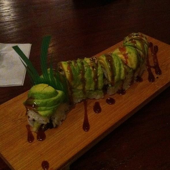 Caterpillar Roll @ Kenzo Sushi Bistro