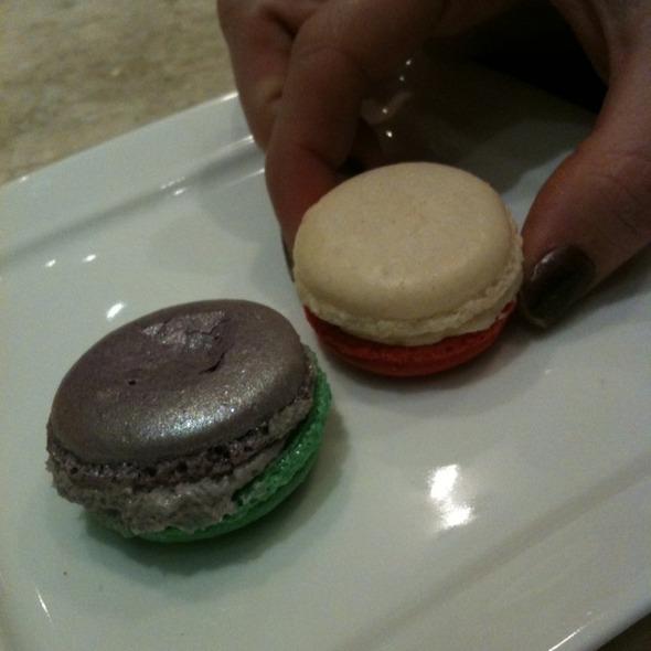 Macarons @ Sucre
